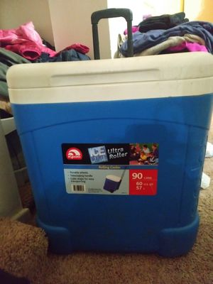 Igloo rolling cooler (60 qt) for Sale in Severn, MD