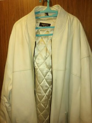 White leather jacket 6x-7x for Sale in New York, NY