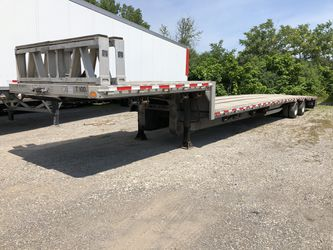 Reitnouer low profile, step deck, drop deck trailer. for Sale in Blue Island,  IL
