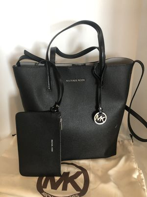 Michael Kors Large black tote bag for Sale in Cumming, GA