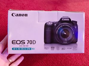 Canon 70D with lens, battery, charger and strap for Sale in Lakeside, CA