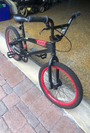 Giant bike for Sale in St. Petersburg, FL