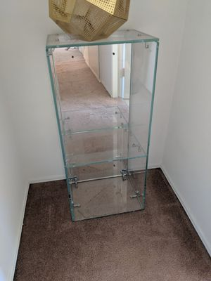 Mirror backed shelf. for Sale in Los Angeles, CA