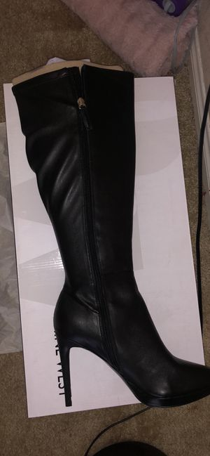 Nine West leather boots size 10 1/2 (BRAND NEW) for Sale in Henderson, NV