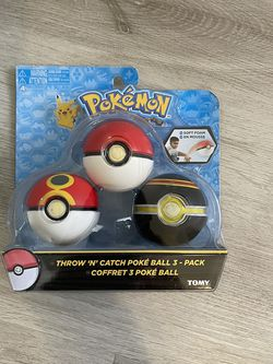 TOMY Pokemon Throw n Catch Poke Ball, 3 Pack ~ FACTORY SEALED for Sale in Las Vegas,  NV