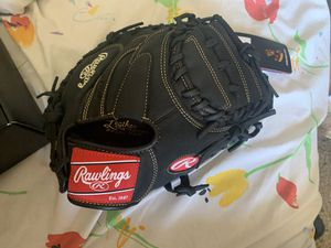 Brand new Rawlings catchers mitt for Sale in Chula Vista, CA