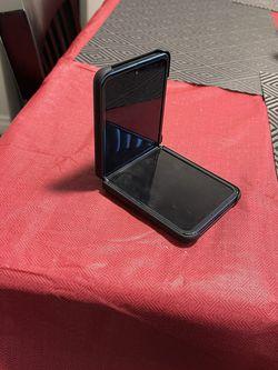 Samsung Z Flip Unlocked 256GB for Sale in Coronado,  CA
