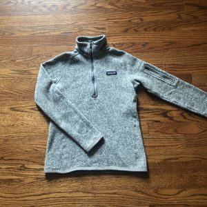 Women's Patagonia quarter zip extra small for Sale in Madison, CT