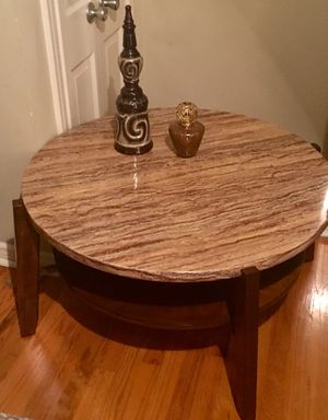 Round Coffee Table for Sale in Shreveport, LA