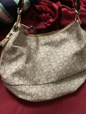 Calvin Klein Hobo Bag (preowned) for Sale in Miami, FL