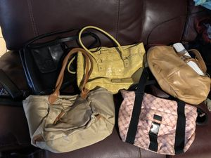 Free 5 women's bags used for Sale in Chicago, IL