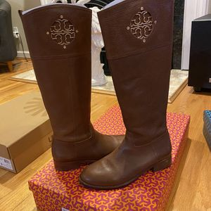 Tory Burch Kiernan Riding Boots (Almond Color; Size 8.5) for Sale in Bristol, CT