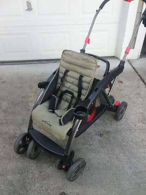 Eddie Bauer sit and stand double stroller. for Sale in Marysville, WA