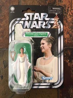STAR WARS COLLECTIBLE ACTION FIGURE for Sale in Mesquite, TX