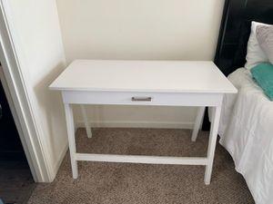 Desk for Sale in Roosevelt, CA