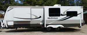 29' rear living Travel Trailer for Sale in Springdale, WA