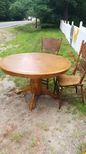 OAK TABLE $50 for Sale in Naples, ME