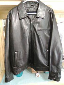 Men's leather jacket!! for Sale in Hemet,  CA