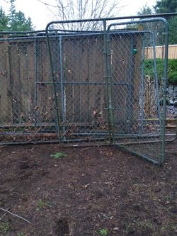 Dog Kennel W/Gate 6 x10 Ft x6' High for Sale in Sumner,  WA