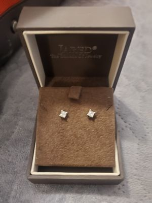 1/2 karat diamond earings white gold for Sale in Maurice, LA
