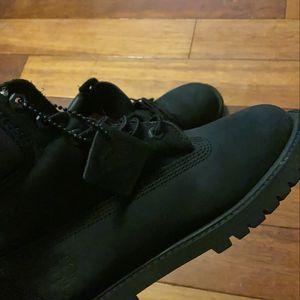 "Timberland 6"" Classic Boot - Big Kids for Sale in Burien, WA"
