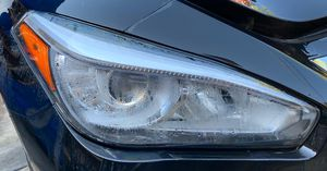 Q70 FRONT RIGHT PASSENGER SIDE HEADLIGHT ASSEMBLY for Sale in Fort Lauderdale, FL