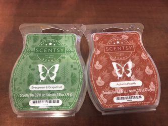 2 Packs of SCENTSY Bars ~ Evergreen & Grapefruit & Autumn Hearth - NEW for Sale in Cape Coral,  FL