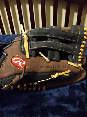 Rawlings 13in baseball glove for Sale in San Jose, CA