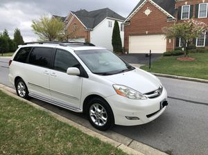 Toyota Sienna Limited 2006 for Sale in Adelphi, MD