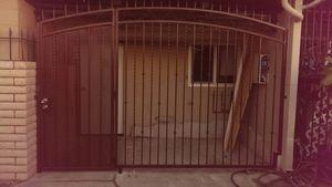Trabajos de herreria bajos precios for Sale in Vernon, CA