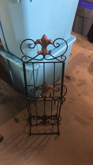 Fleur de Lis Magazine or Towel Rack for Sale in Crystal City, MO