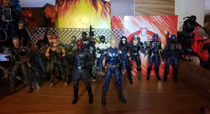 Marvel legends stealth suit captain america and movie red skull for Sale in Lombard, IL