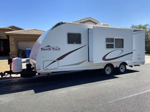 2009 21ft north trail By heartland travel trailer with sofa slide out lightweight easy to tow for Sale in Surprise, AZ