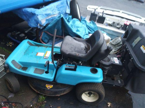 Dixon zero Turn Mower with bagging system