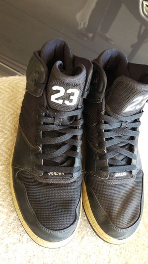 Used Jordan's size 11 for Sale in Reedley, CA