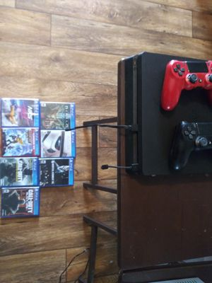 Ps4 with 7 games it's adult owned works great for Sale in La Mesa, CA