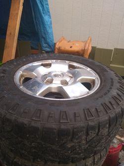 Tires/rims Llantas y rines. for Sale in Kent,  WA