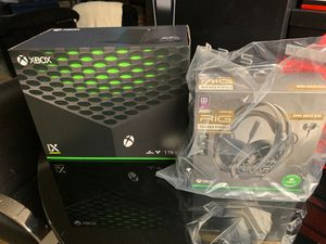 XBOX SERIES X BUNDLE W/ RIG 500 PRO HEADSET for Sale in Dearborn Heights, MI
