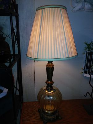Mid-Century HEDCO 3000 Bronze w/Amber Glass Globe New York Style Table Lamp for Sale in East Saint Louis, IL