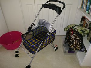 Dog stroller for Sale in Hudson, FL