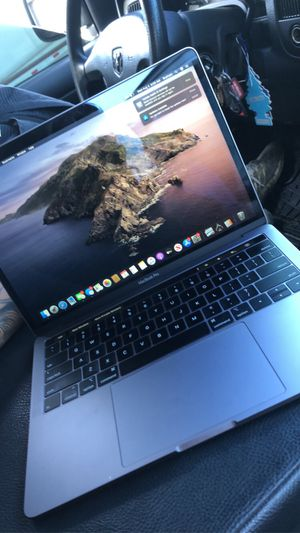 2019 MacBook Pro 13' with Touch Bar for Sale in Aurora, IL