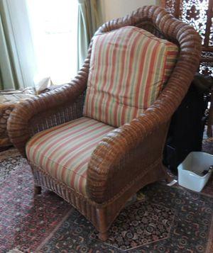 Ethan Allen wicker arm chair for Sale in Arlington, VA