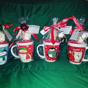 Hot coco with marshmallows and peppermint stick & mug for Sale in Chino Hills, CA