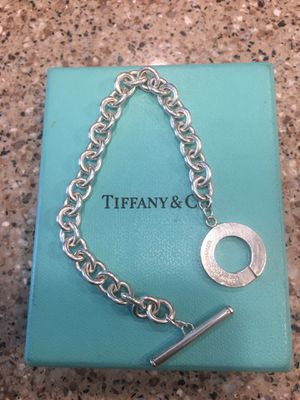 TIFFANY TOGGLE BRACLET for Sale in Tolleson, AZ