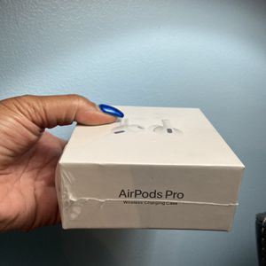 AirPods Pro - New 175.00 for Sale in Brentwood, MD