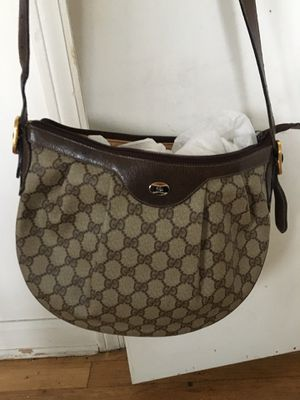 Authentic Gucci Shoulder Bag for Sale in Oceanside, NY