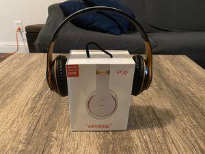 Headphones ($30 OBO) for Sale in Fresno, CA