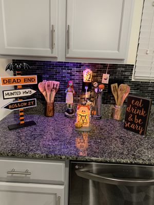 Nightmare before Christmas scentsy warmers for Sale in North Las Vegas, NV