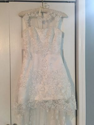 Wedding dress Perfect for Hawaii beach wedding size 4/6 for Sale in Bensenville, IL