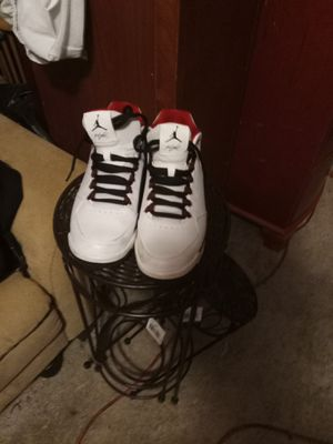 Jordans Nike Nike edition only 7$ to deliver size ,9 and a half like brand new for Sale in Lexington, SC